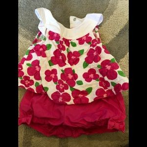 Gymboree girls 3-6 month 2 piece outfit